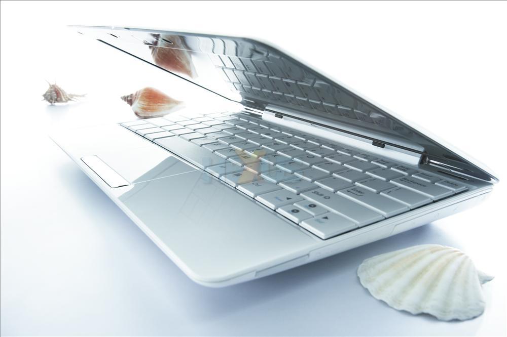 دليلك الكامل عن ال netbook او الاجهزة الصغيره؟ EeePCSeashell-big