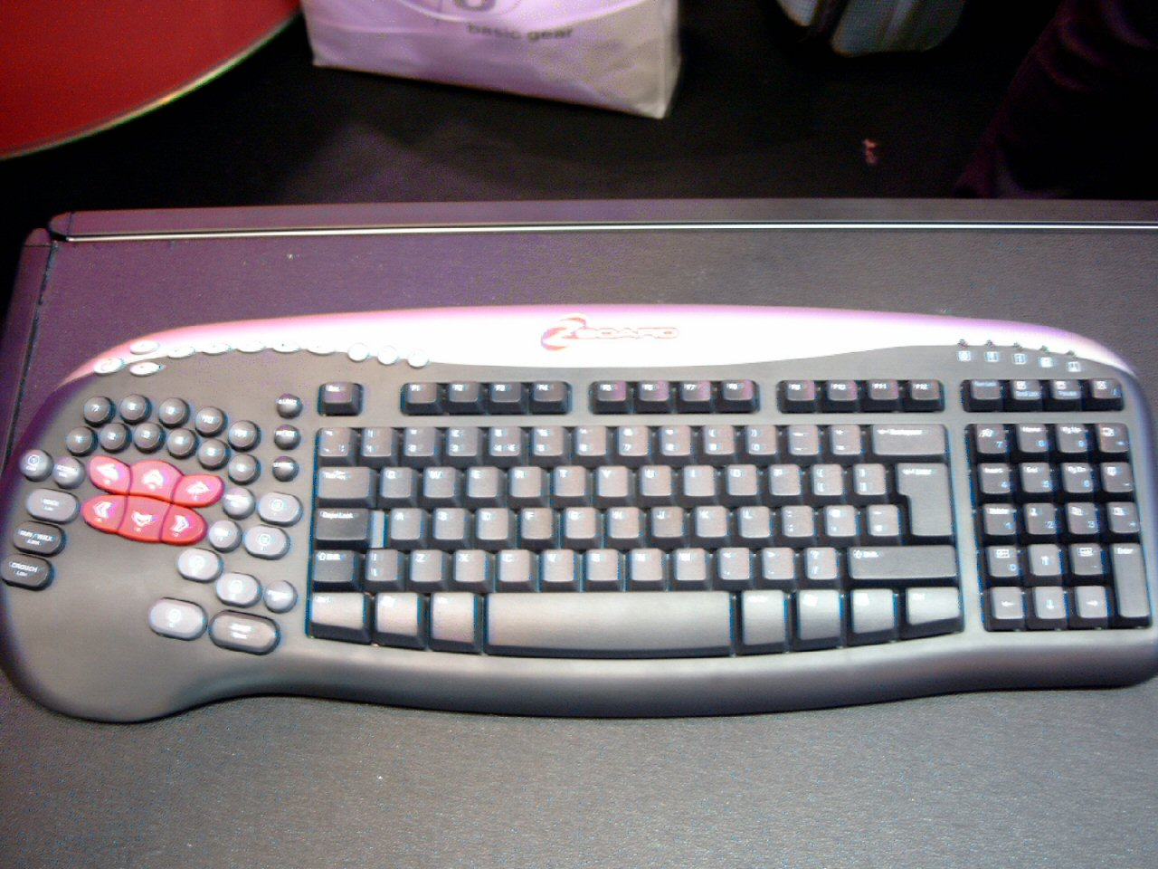 8bea4f6d2a9 CTS - 2006 :: The Zboard FANG for gamers - Peripherals - Feature - HEXUS.net