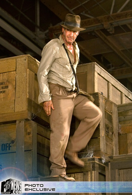 Indiana Jones back in the warehouse