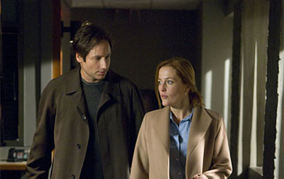 Mulder and Scully (click for larger version)