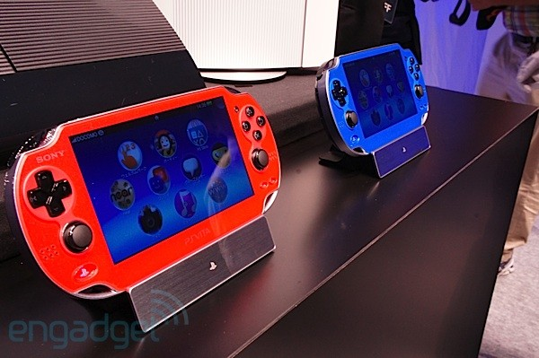 PS Vita Cosmic Red and Sapphire Blue