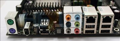 http://img.hexus.net/v2/motherboards/nvidia/680i_evga/images/board-backplane.jpg