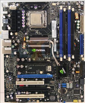 http://img.hexus.net/v2/motherboards/nvidia/680i_evga/images/board.jpg